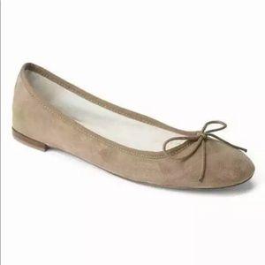 "NWOT Gap ""oak"" color ballet flat size 10"